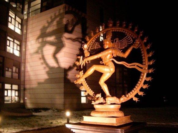Сеть Индры и танец Шивы Bc7cern_shiva
